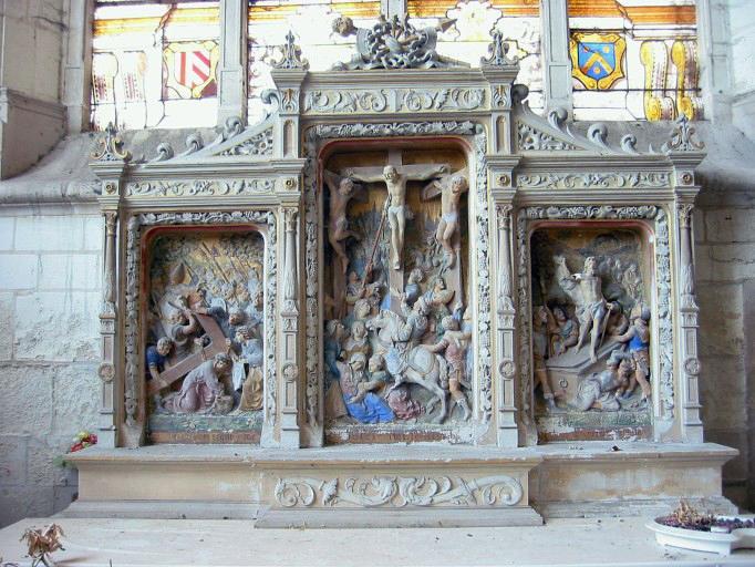 Retable, 3 demi-reliefs : Portement de la Croix, Crucifixion, Résurrection