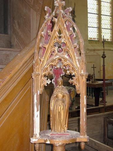 2 bâtons de procession de confrérie : Saint Vincent (détruit), Vierge