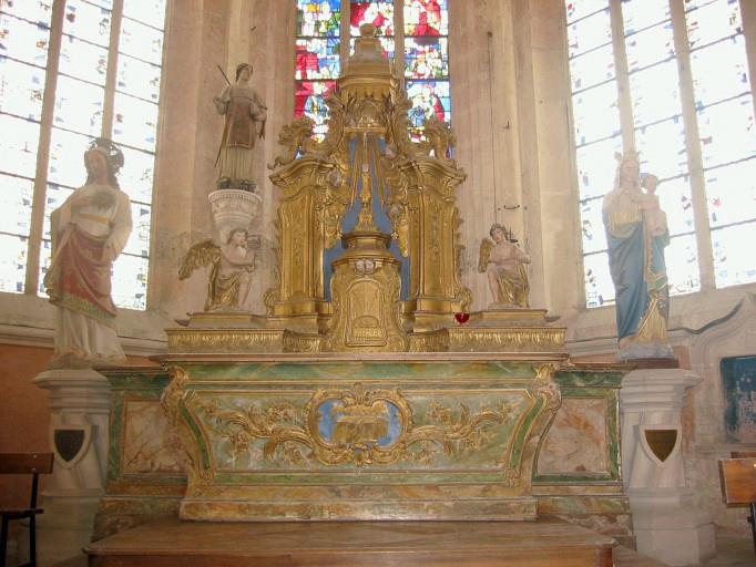 Maître-autel, tabernacle et exposition