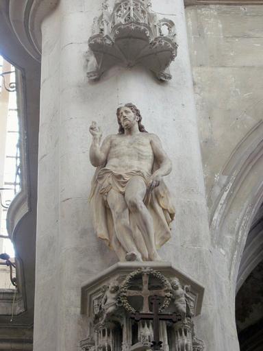 Statue : Christ triomphant