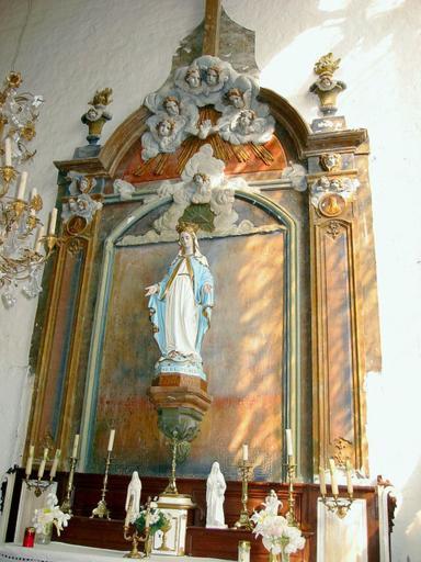 Retable, autel, tabernacle