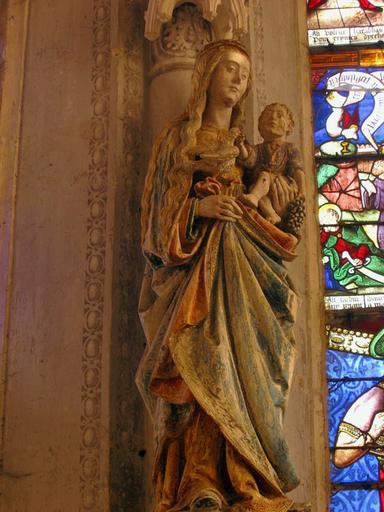 Statue (grandeur nature) : Vierge à l'Enfant à l'oiseau