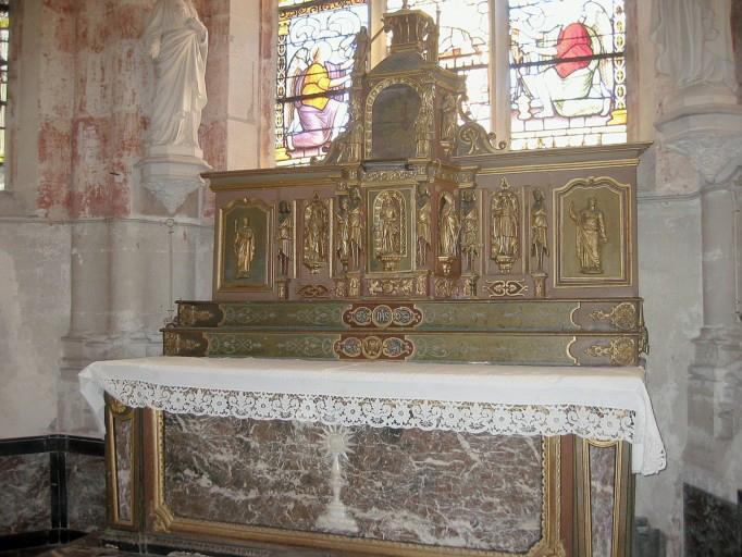 Autel, tabernacle, gradin d'autel, exposition