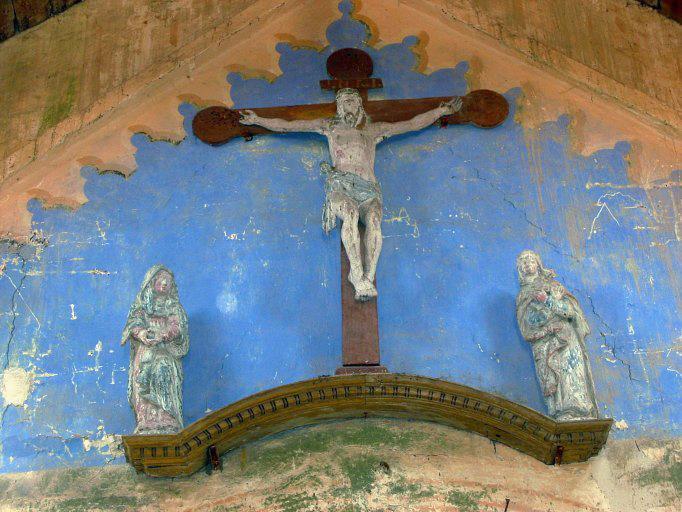 Calvaire (statues) : Christ, Vierge, saint Jean