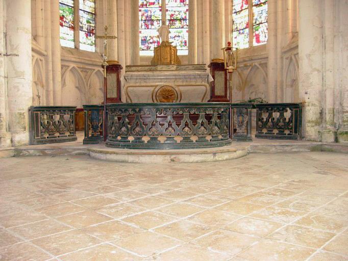 Clôture d'autel
