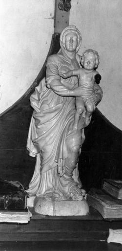 Statue : Vierge à l'Enfant (disparue)
