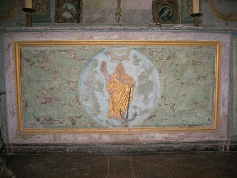 Devants des autels latéraux (2 reliefs) : Assomption, sainte Philomène