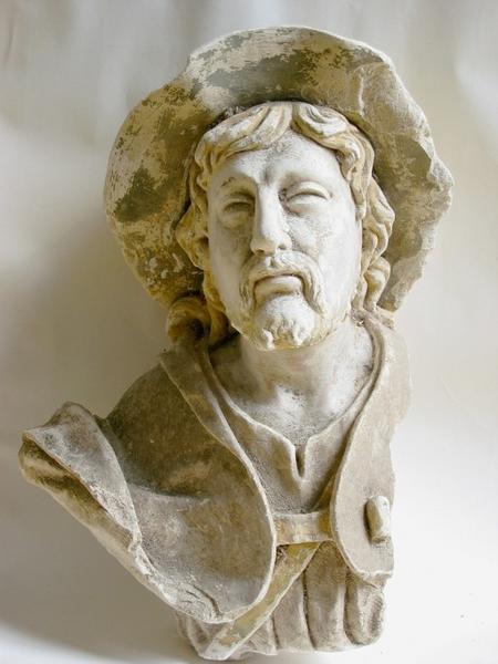 Statue (tête) : Saint Jacques ou saint Roch (?)