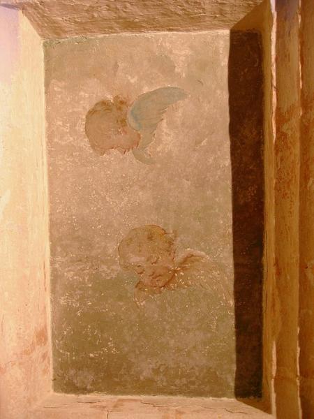 Peintures monumentales : Croix du Golgotha, putti
