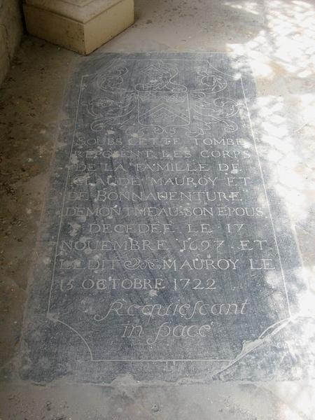 Dalle funéraire de Claude Mauroy et de Bonnaventure Demontmeau