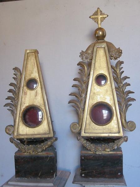 2 reliquaires