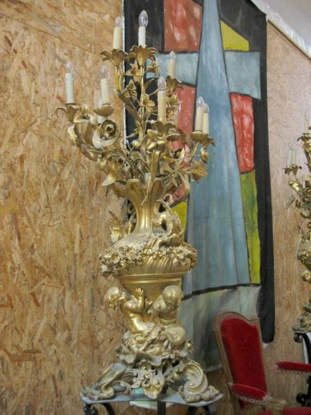 2 chandeliers de chœur