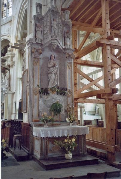 Autel-retable de la Vierge