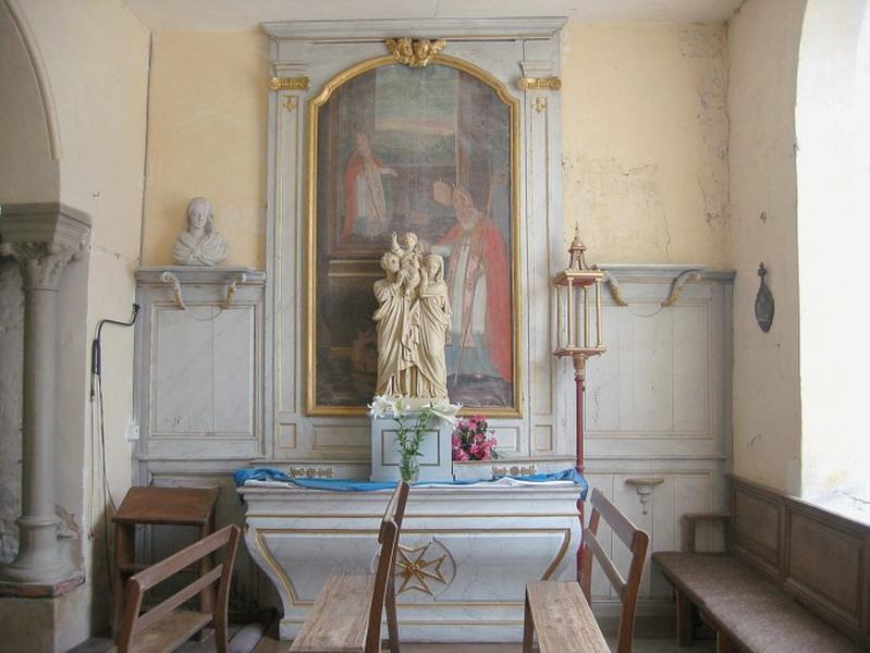 Autel et retable et gradin d'autel