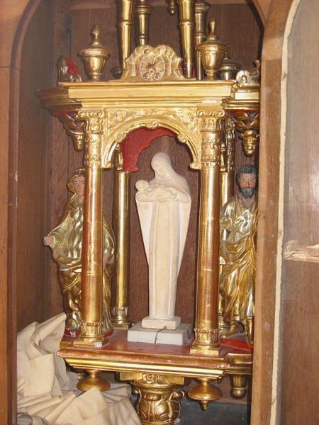 Bâton de procession de confrérie et 3 statuettes : Vierge (?), saint Joseph (?), Vierge à l'Enfant