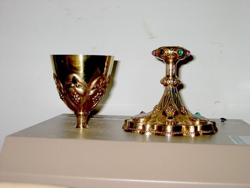 Calice (conservé à la mairie de Nogent-sur-Seine)