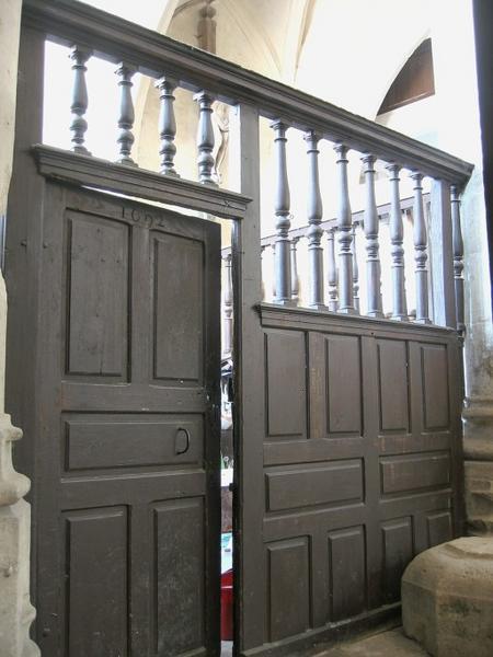 Clôture de chapelle