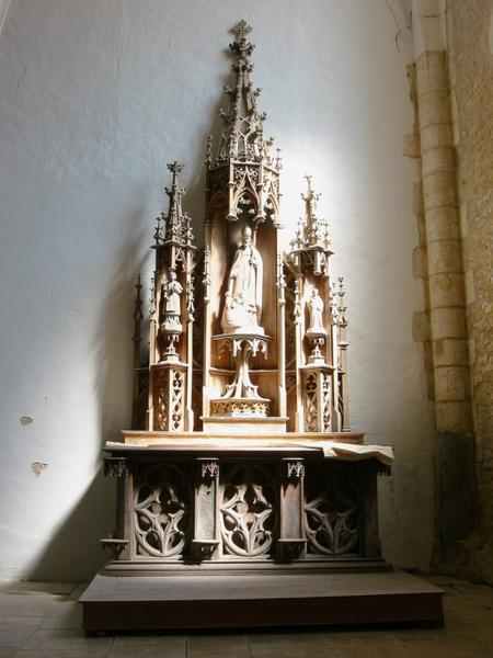 Autel et retable de saint Nicolas