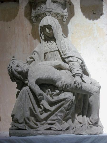 Groupe sculpté : Vierge de Pitié