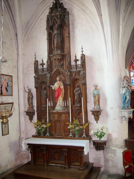 Autel et retable du Sacré-Coeur, tabernacle, 3 statues