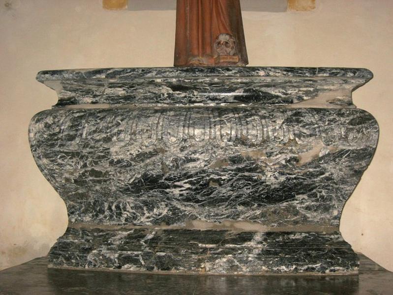 Autel, pierre d'autel