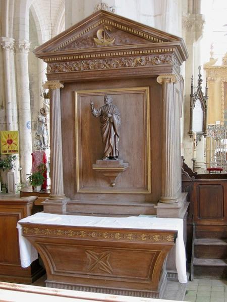 Autels, retables, statues : Saint Paul et saint Pierre