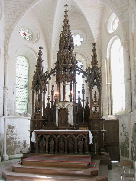 Maître-autel reliquaire, tabernacle