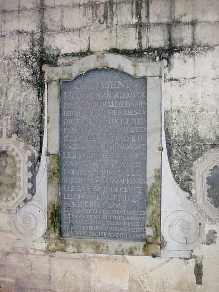 Dalle funéraire de Jean-Auguste Picot et Marie-Louise de Rogres sa femme