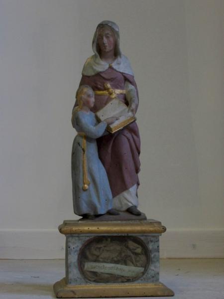 Statuette-reliquaire : Éducation de Catherine par la Vierge (déposée en mairie)