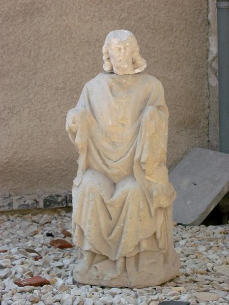 Statue : Christ (déposée à l'église de Mailly-le-Grand)