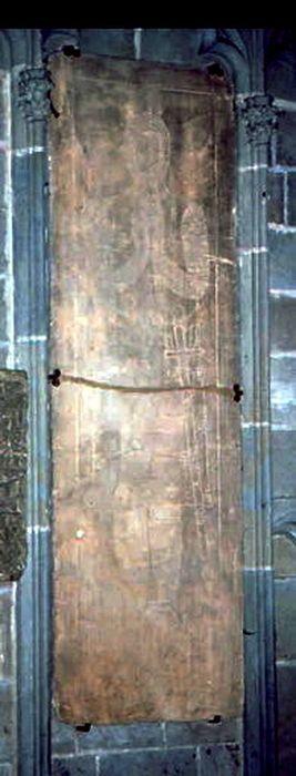 Dalle funéraire de Simon de Montfort