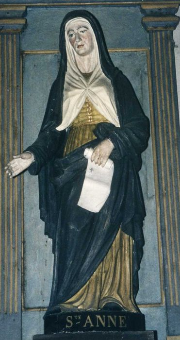Statue et niche : Sainte Anne