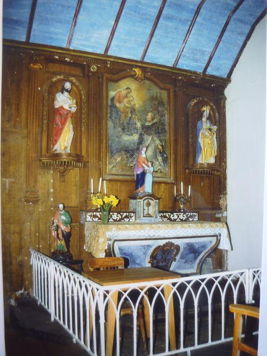 Boiseries ; autel ; tabernacle ; tableau du Rosaire ; statue de saint Jean Baptiste