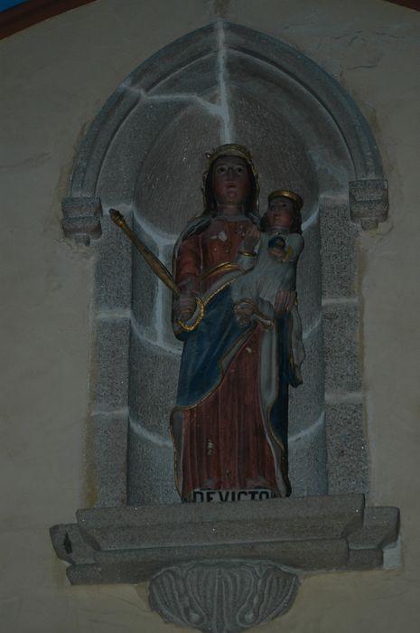 Statue de Notre Dame de Victoire