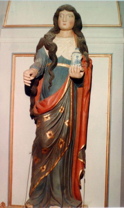 statue : Sainte Marie-Madeleine, vue générale