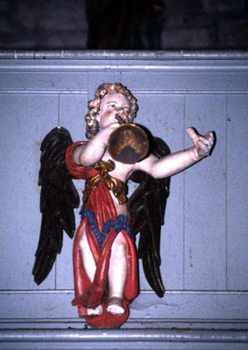 Statuette : Ange à la trompette
