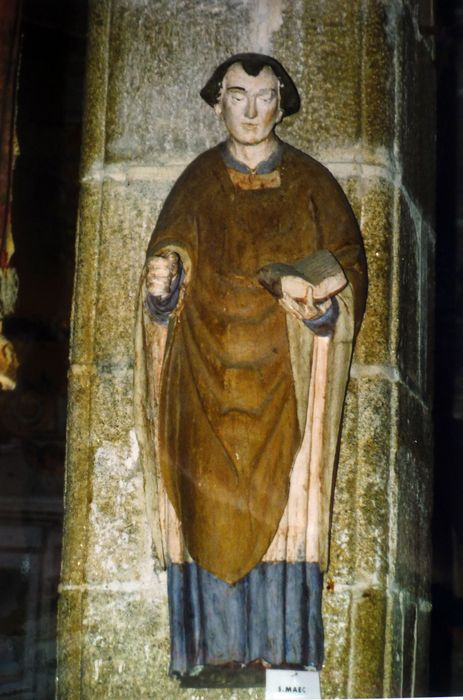 statue : Saint Maëc