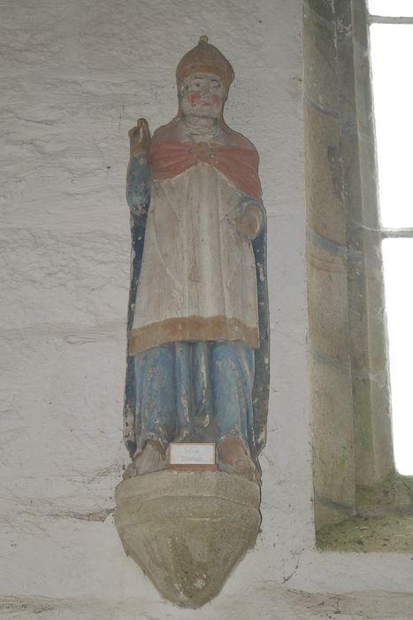 statue : Saint Médard en dalmatique