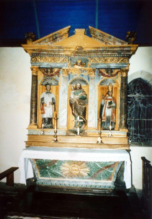 Autel ; retable ; 3 statues : Saint Yves, Saint Joseph, Saint Evêque