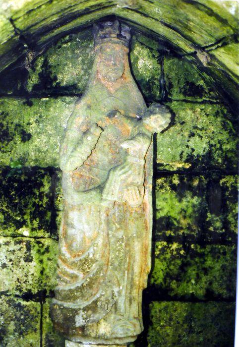 Statue : Vierge à l'Enfant dite Notre Dame des Trois Fontaines