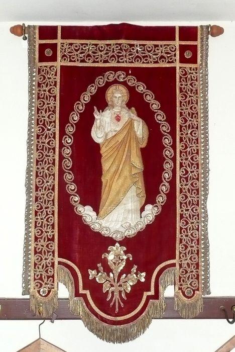 bannière de procession n°3 : Monogramme du Christ