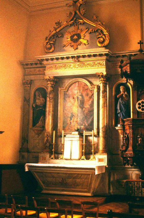 retable de l'autel latéral nord, statues : Vierge à l'Enfant, sainte Anne, tableau : Assomption
