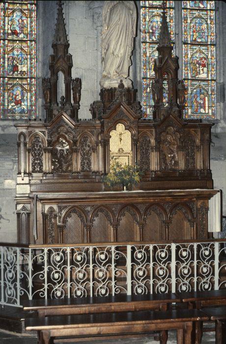 autel de la chapelle de la Vierge et son retable