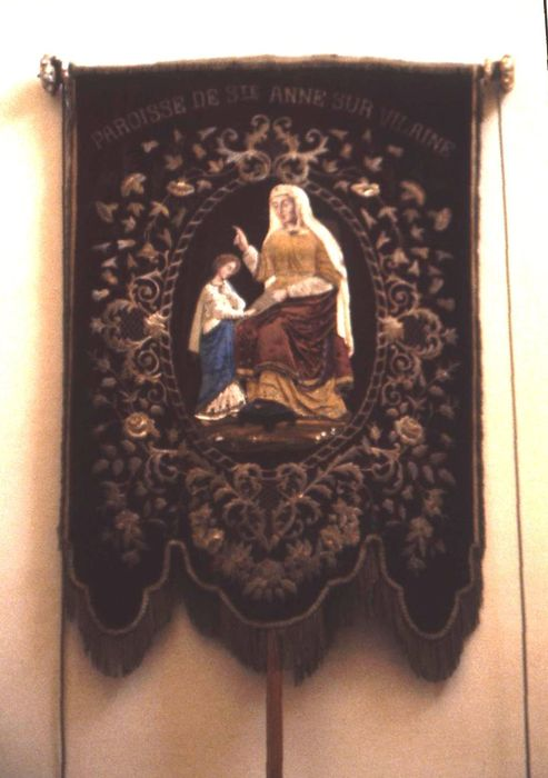 bannière de procession : Sainte Anne et la Vierge