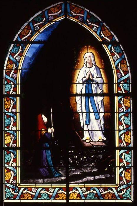 verrière : Notre-Dame de Lourdes