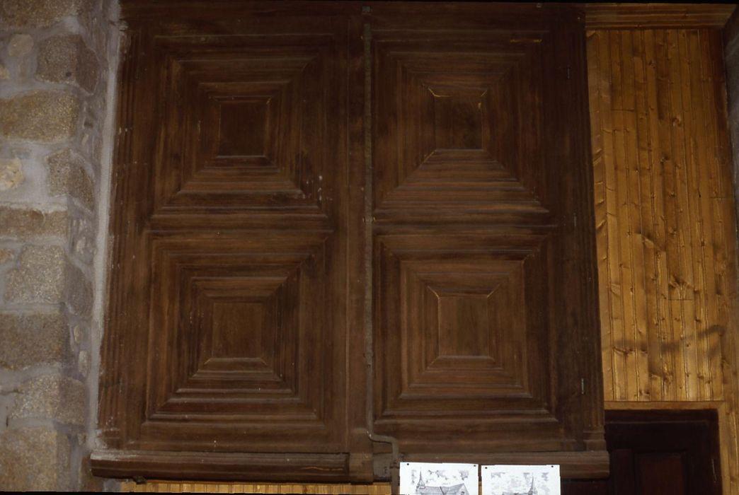 armoire à bannières