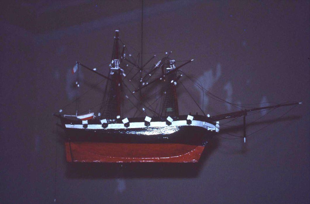 maquette ex-voto de chalutier type 30 M