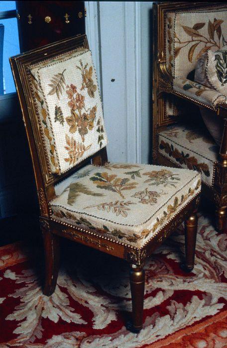 chaise, style Empire, vue générale