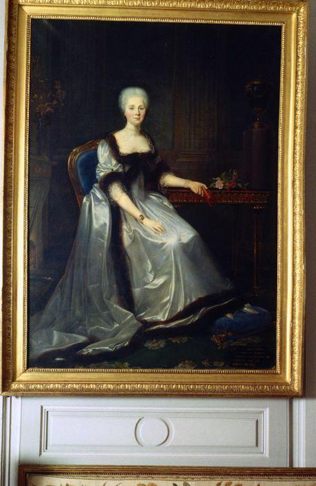 tableau : Portrait en pied d'Alexandrine-Marie-Victoire-Eléonore de Damas d'Antigny, mère de Talleyrand, vue générale