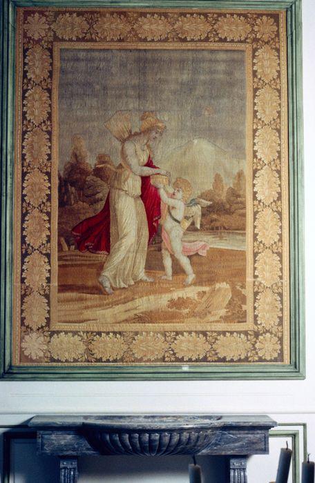2 pièces murales à l'antique (tapisseries à bordure à tableau) : Psyché et Cupidon